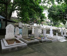 Islamic Mosque and Cemetery