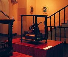 天主堂芸術博物館および地下納骨堂